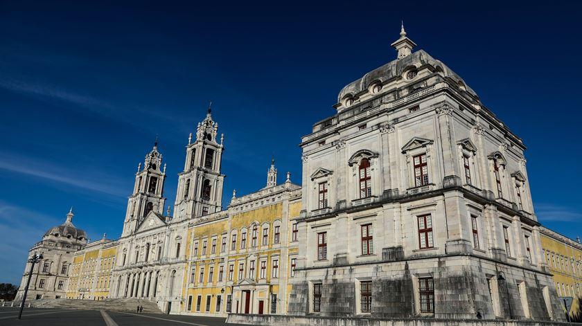 Seis órgãos da Basilica do Palácio de Mafra tocam este fim-de-semana. Foto: António Cotrim/Lusa