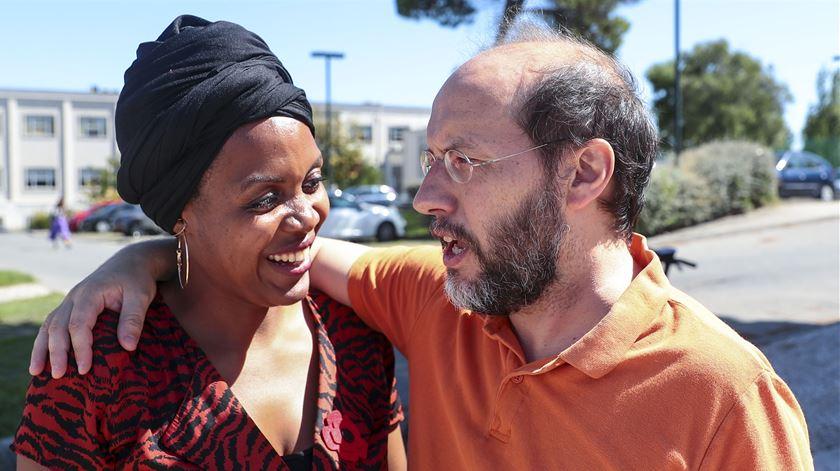 Joacine Katar Moreira e Rui Tavares durante a campanha das legislativas. Foto: António Cotrim/Lusa