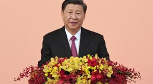 """Xi Jinping envia condolências pela morte de """"amigo da China"""""""