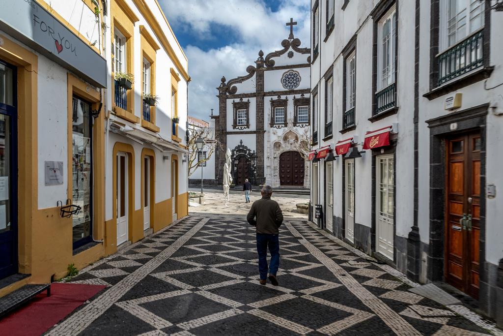 Ponta Delgada vazia por causa da pandemia. Foto: Eduardo Costa/Lusa (Arquivo)