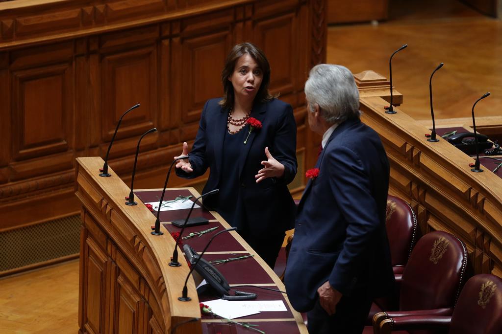 Catarina Martins, coordenadora do BE, Bloco de Esquerda, Jerónimo de Sousa, secretário-geral do PCP. Foto: Tiago Petinga/Lusa