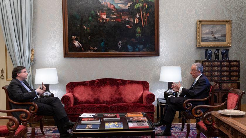 D. Américo Aguiar e Marcelo Rebelo de Sousa. Foto: Miguel Figueiredo Lopes/Presidência da República/Lusa