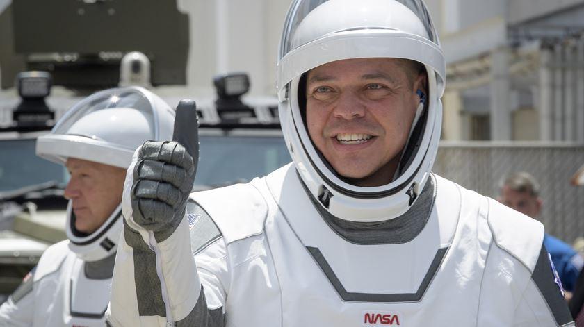 Os astronautas Robert Behnken e Douglas Hurley poderão voltar a casa este fim-de-semana. Foto: Bill Ingalls/NASA