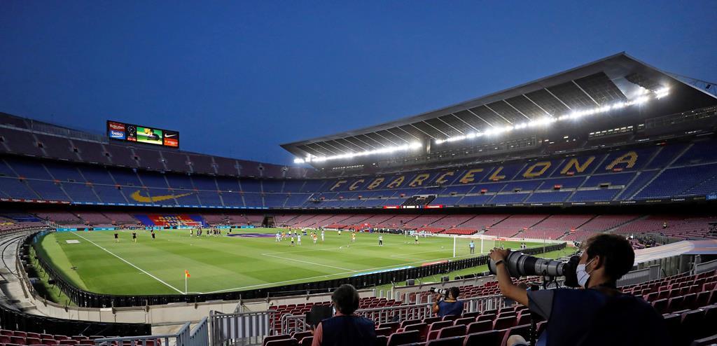 Barcelona é um dos 12 clubes fundadores da Superliga Europeia. Foto: Alberto Estevez/EPA