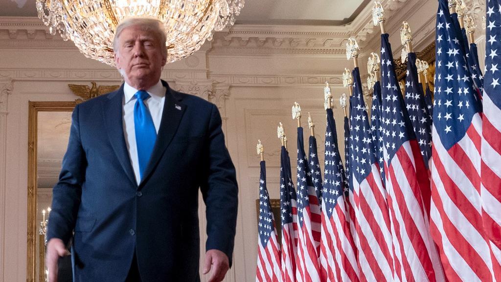 Donald Trump tentou pressionar a justiça no caso das eleições de Novembro. Foto: Chris Kleponis/EPA