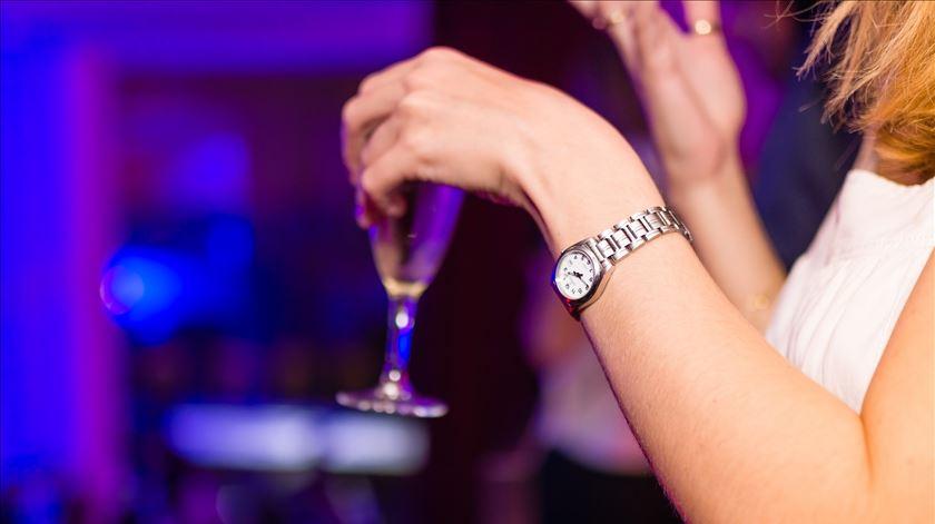 Jovens portugueses são dos que mais álcool consomem. Foto: Pixabay