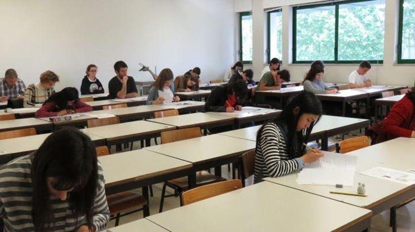 Este ano, só conta o exame específico do curso a que se querem candidatar. Foto: DR