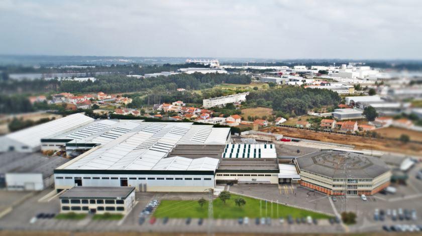 OLI começou a produzir componentes de viseiras para o pessoal hospitalar. Foto: DR