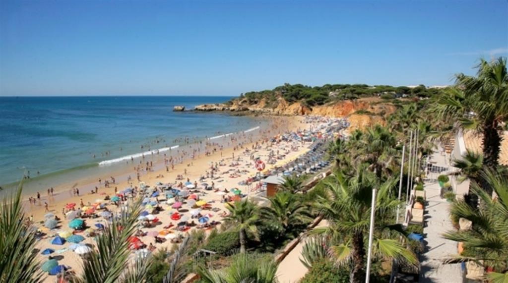 Turistas no Algarve. Foto: Algarve Primeiro