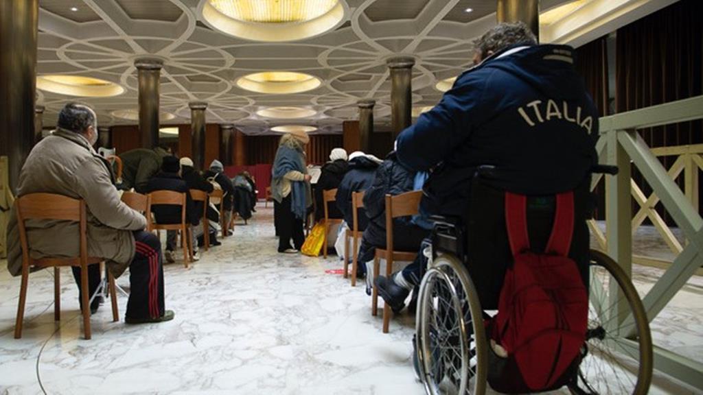 Sem-abrigo vacinados no Vaticano. Foto: Vatican Media