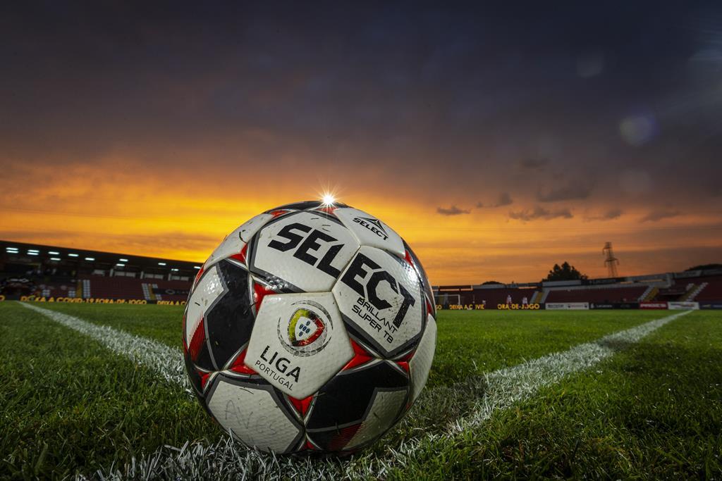 Seleção final dos 18 clubes depende do cumprimento das exigência da Liga Foto: Liga Portugal