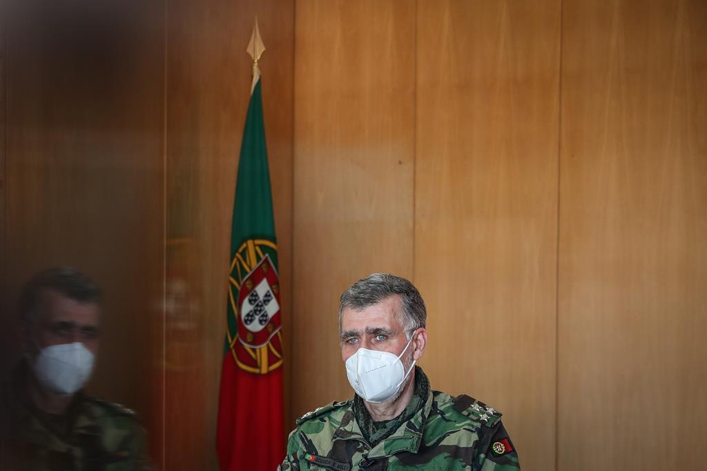 Vice-almirante Gouveia e Melo admite que barreira etária para a Janssen desapareça. Foto: Mario Cruz/Lusa (arquivo)
