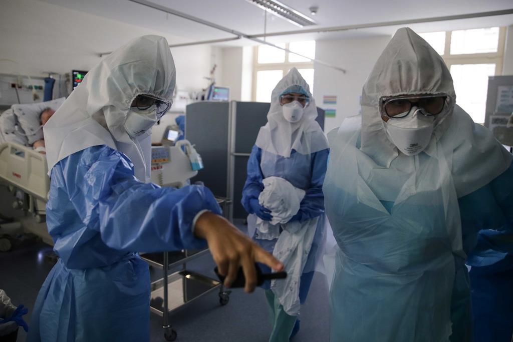 Hospital apresenta uma taxa de ocupação superior a 250%. Foto: Tiago Petinga/Lusa