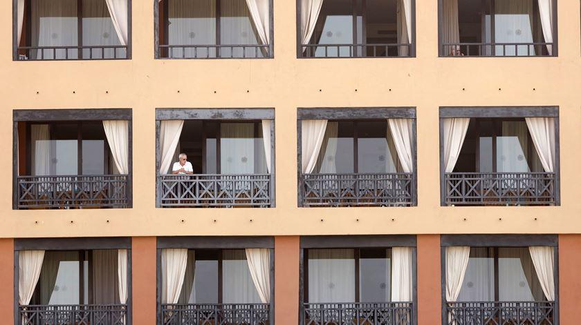 Hotelaria e restauração são os mais afetados. Foto de arquivo: Ramón de la Rocha/EPA