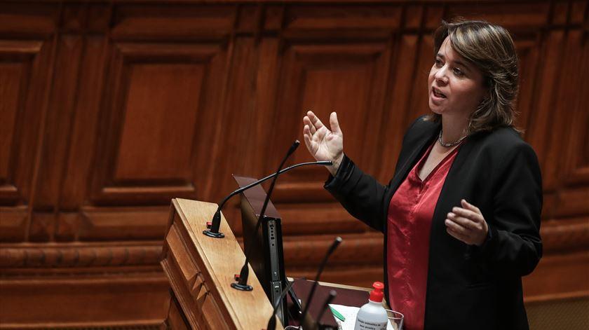 Catarina Martins, dirigente do Bloco de Esquerda, no debate do estado da Nação, na Assembleia da República. Foto: Mário Cruz/Lusa