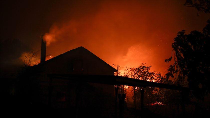 O director nacional da Polícia Judiciária afirmou que o incêndio teve origem numa trovoada seca, afastando qualquer indício de origem criminosa