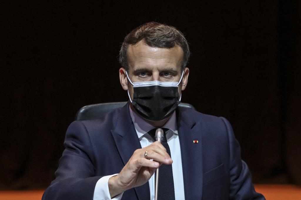 """Emmanuel Macron quer """"explicações"""" dos bispos franceses sobre o segredo da confissão. Foto: José Coelho/Lusa"""