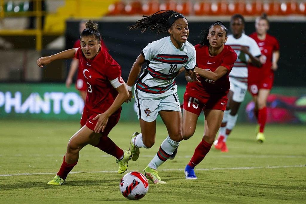Jéssica Silva marcou o golo do empate. Foto: FPF