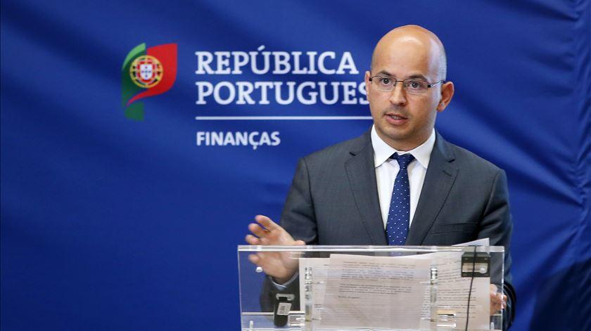 O ministro das Finanças João Leão. Foto: António Pedro Santos/Lusa