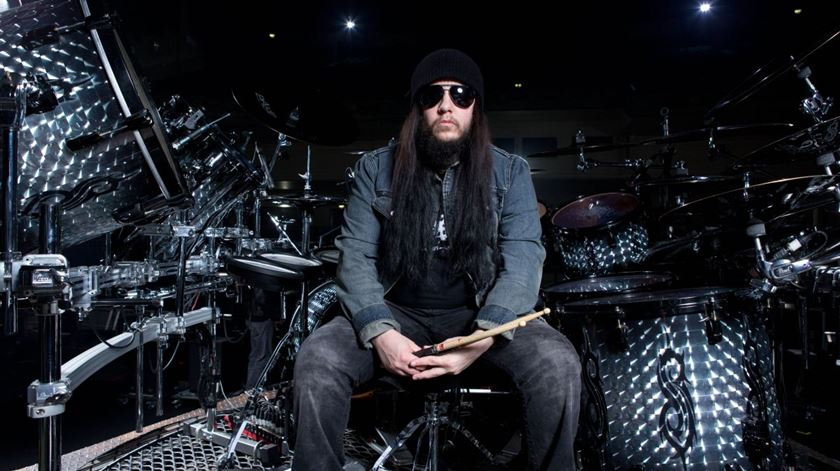 Morreu Joey Jordison, ex-baterista dos Slipknot
