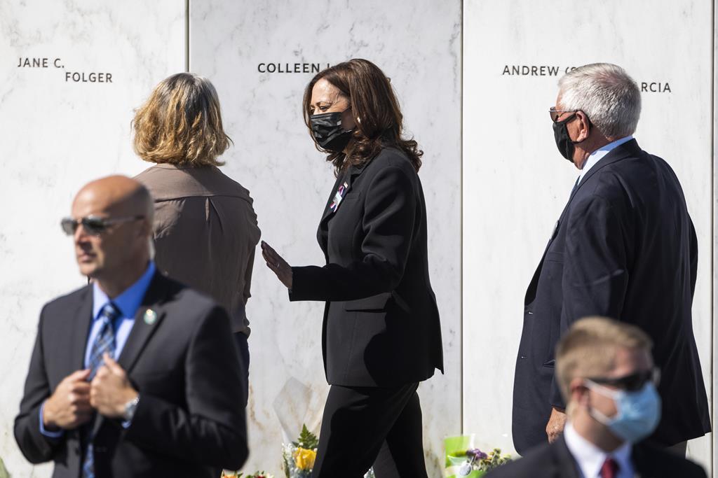 Kamala Harris prestou também homenagemàs vítimas do 11 de setembro no local onde se despenhou o voo 93. Foto: Jim Lo Scalzo/EPA