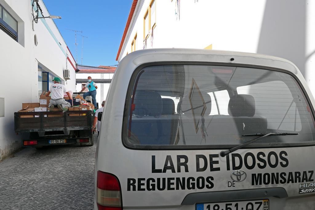 Relatório acusa médicos de problemas deontológicos, estes apontam para a direção do lar. Foto: Nuno Veiga/Lusa