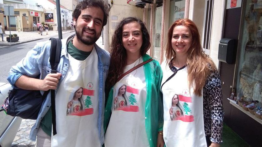 Anthony, Chantal e Madona, três dos libaneses que vieram consagrar o seu país ao Imaculado Coração de Maria. Foto: Filipe d