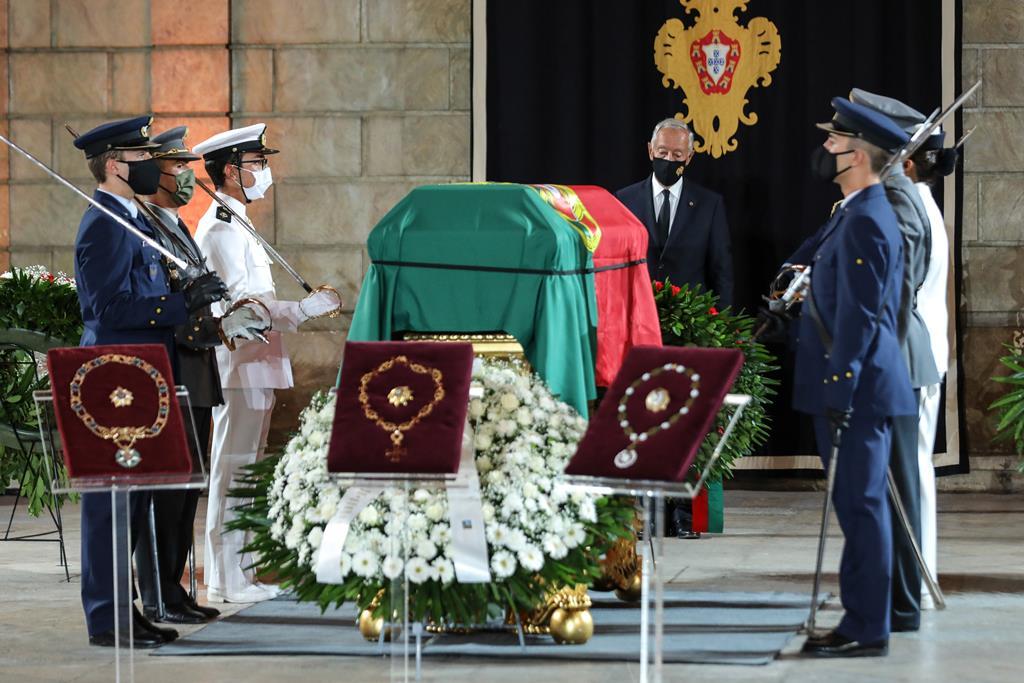 Marcelo Rebelo de Sousa presta homenagem a Jorge Sampaio. Foto: Miguel A. Lopes