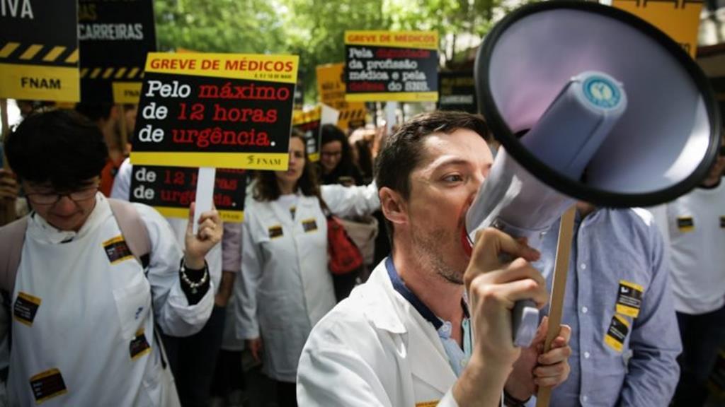 Médicos queixam-se de falta de contratação coletiva. Foto: André Kosters/Lusa