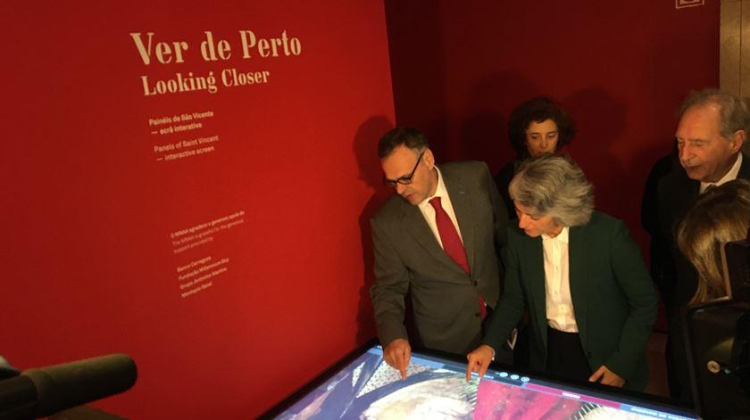 Ministra da Cultura durante a assinatura do protocolo para a restauração dos painéis de São Vicente. Foto: Maria João Costa/Renascença