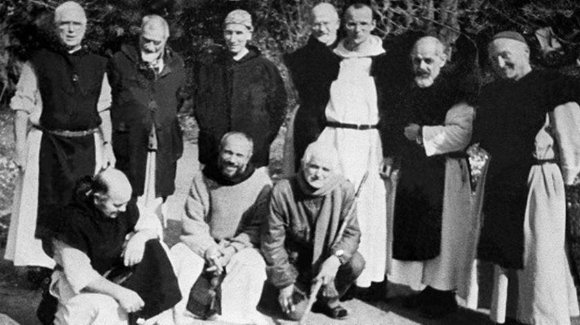 Monges do mosteiro de Tibhirine, a que pertenciam os sete assassinados em 1996. Foto: DR