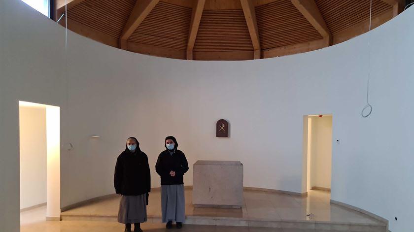 Monjas na capela. Foto: Olímpia Mairos/RR