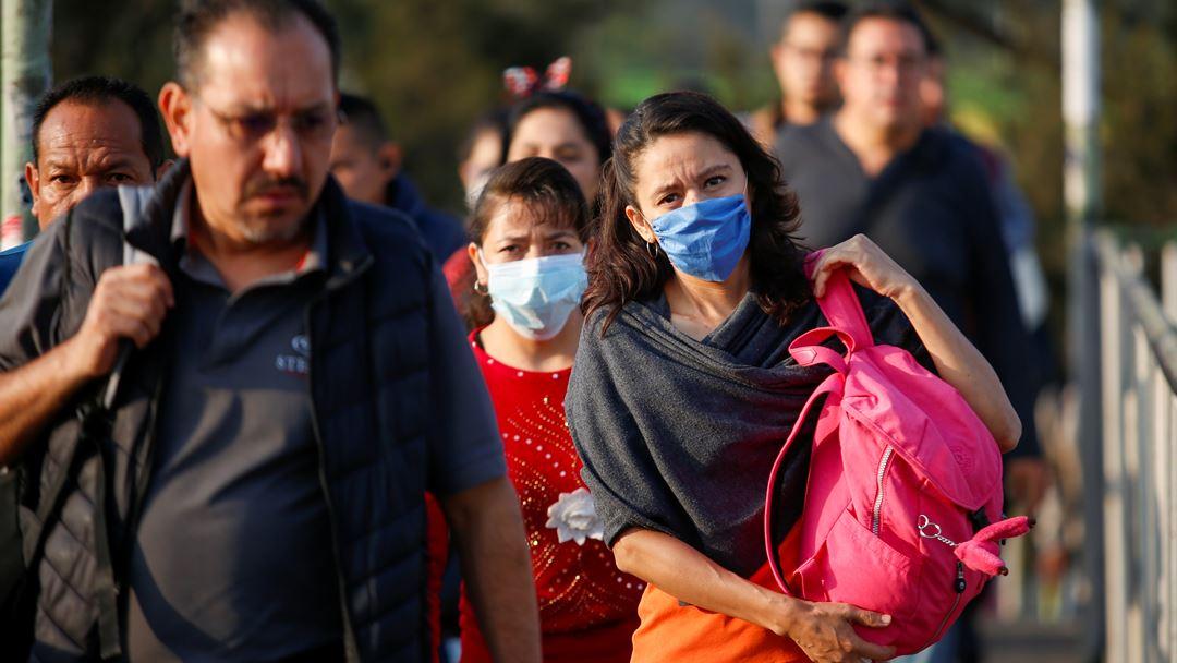 Levantamento de medidas restritivas está a acontecer um pouco por tudo o mundo Foto: Gustavo Graf Maldonado/Reuters