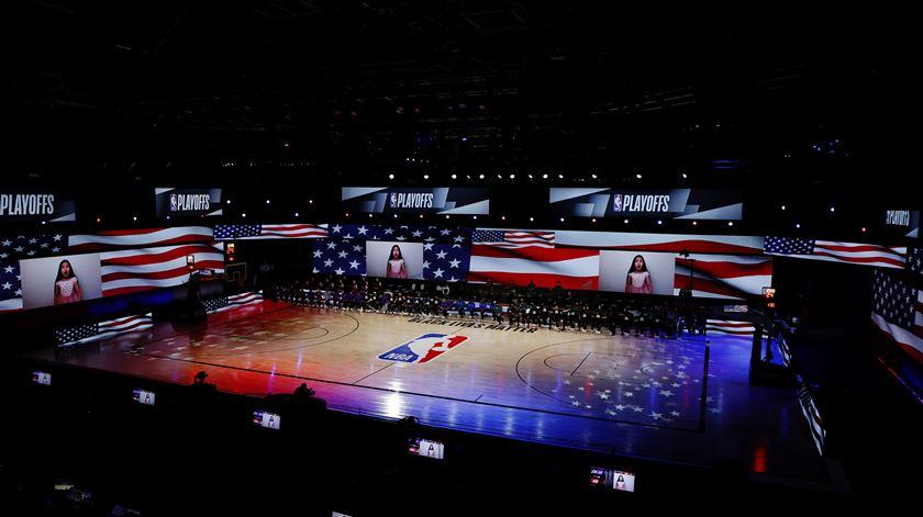 Os jogos da NBA disputam-se no complexo da Disney, na Flórida Foto: Mike Ehrmann/USA Today Sports/Reuters