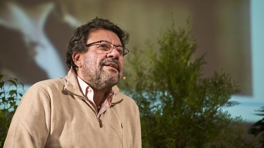 Pietro Sarrubi a dar testemunho no CNAL, em Santarém. Foto: Ricardo Perna/Família Cristã