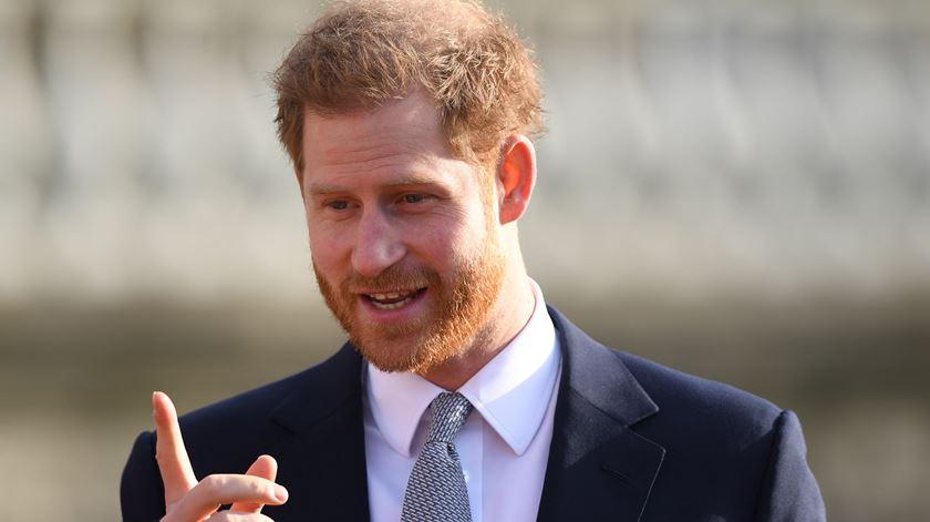 Príncipe Harry num evento público no Palácio de Buckingham. Foto: Neil Hall/EPA