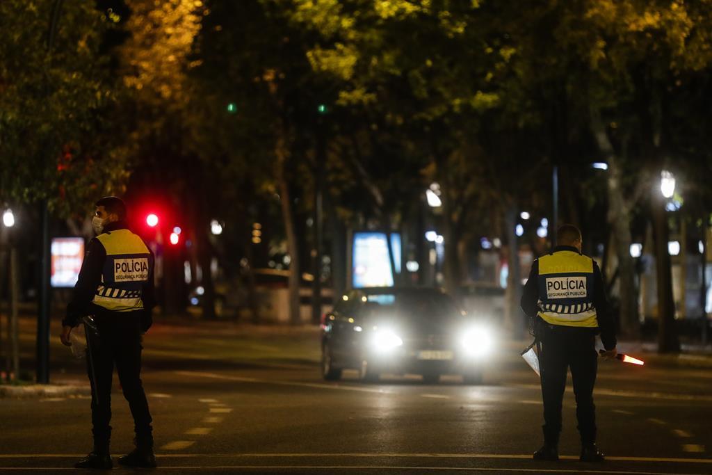 Operação da PSP acabou com um detido com arma de fogo. Foto: Tiago Petinga/Lusa [Arquivo]