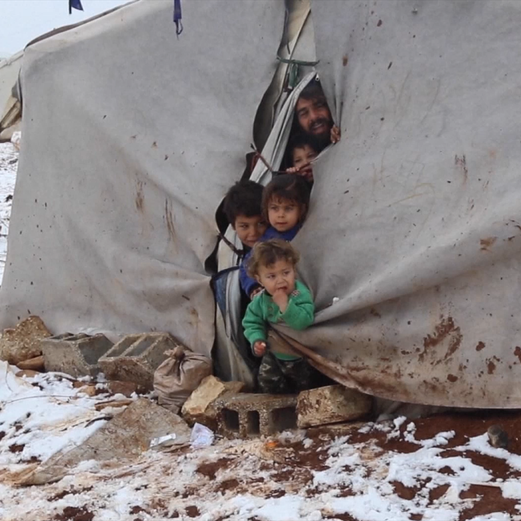 Refugiados sírios que procuram escapar à guerra e à pobreza. Foto: UNifeed