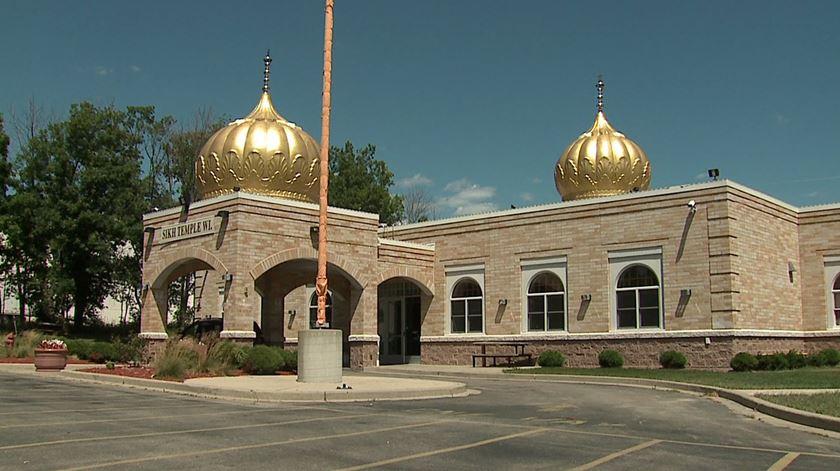 No templo de Oak Creek, nos EUA, até as marcas das balas foram preservadas. Foto: DR