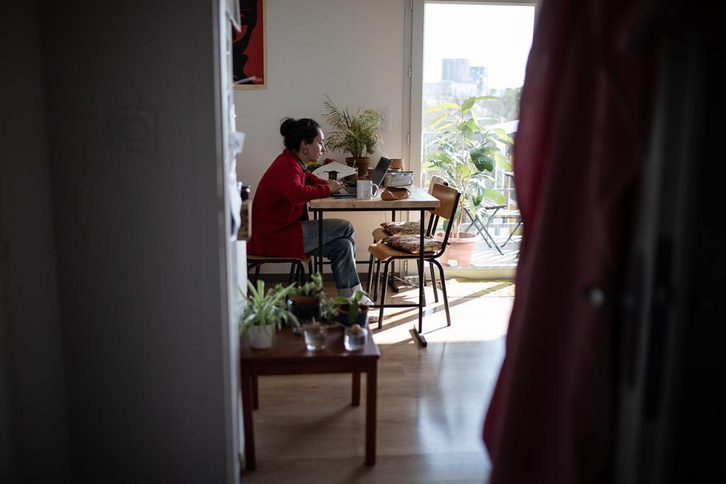 Muitos empresários admitem que os custos diminuíram durante o teletrabalho. Foto: Jérémie Lusseau/Reuters