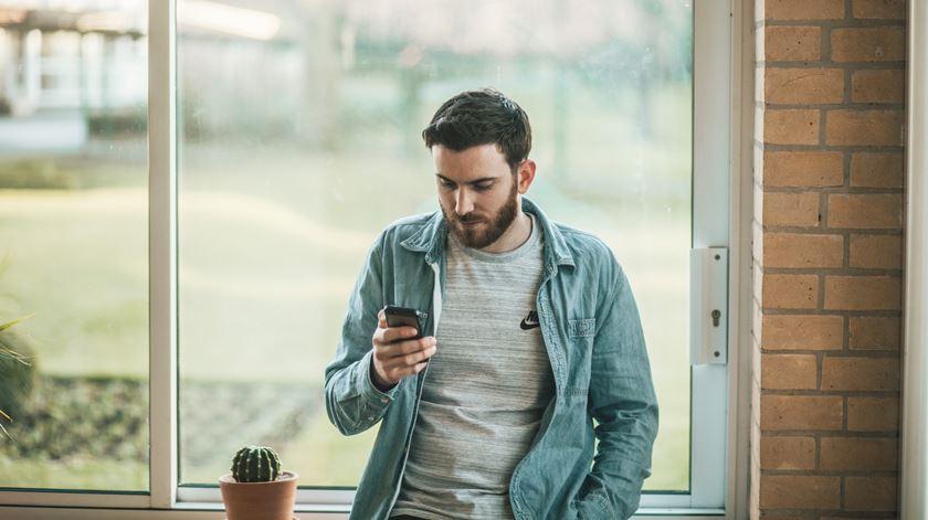 "Portugal tem ""app"" em desenvolvimento. Foto: Thom Holmes/Unsplash"