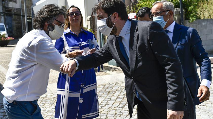"""""""O  investimento é financiado a 100% por fundos comunitários"""", garantiu Tiago Brandão Rodrigues em São Pedro do Sul. Foto: Nuno André Ferreira/Lusa"""