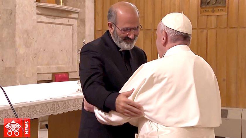 Papa agradece a Tolentino Mendonça orientação no retiro quaresmal que decorreu em Fevereiro, em Ariccia. Foto: Vatican News