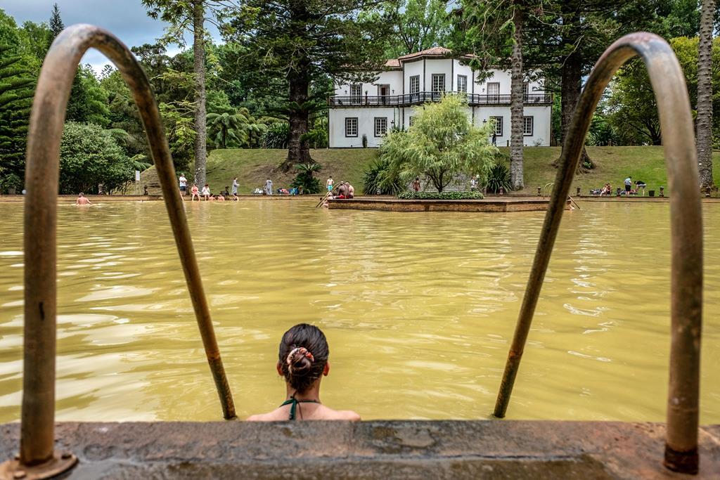 Turistas nas Furnas, ilha de São Miguel. Foto: Eduardo Costa/Lusa