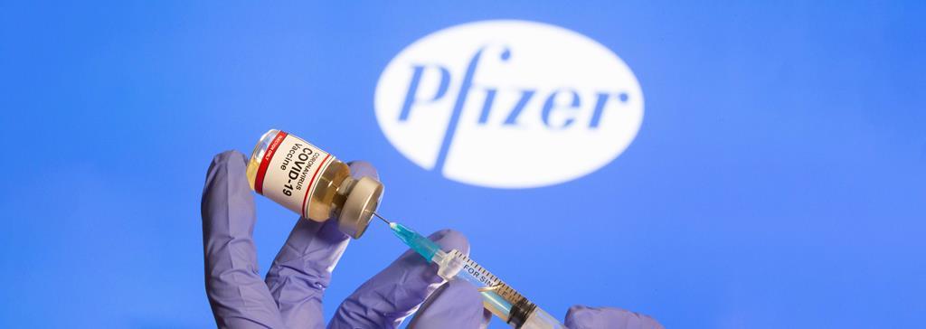 Depois da vacina, Pfizer prepara medicamento para tratar casos de infeção. Foto: Dado Ruvic/Reuters