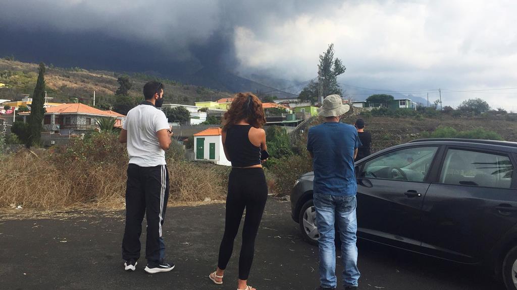 O Cumbre Vieja continua em erupção. Foto: Miguel Calero/EPA